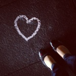 heart street art plus feet